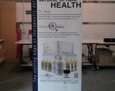 Quicksilver pull up banner