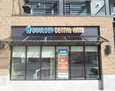 Boulder Dental Arts' lighted sign